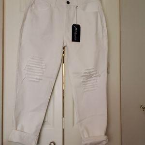 Style js63 white capri jean